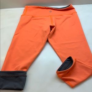 Lululemon reversible Limited addition crops